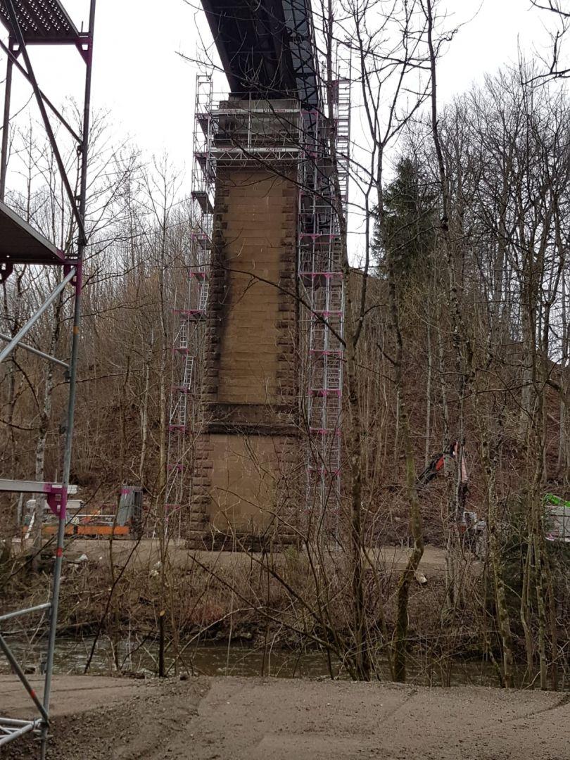 Zugbrückenpfeiler Zuglinie Kißlegg Wangen Stuckateur Kaufmann 75e9da28 E0a7 4a6b A116 887c9cf6ff4b